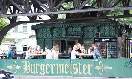 Berlin Hotspot Find: Burgermeister | meltingbutter.com
