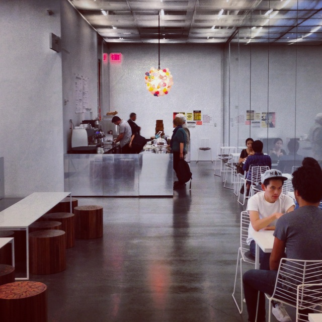 NYC Hotspot Find: Hester Street Café at the New Museum | meltingbutter.com