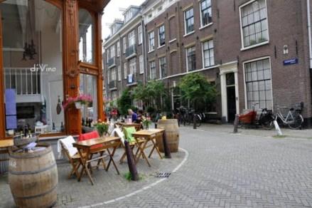 Amsterdam Hotspot Find: DiVino Winebar | meltingbutter.com