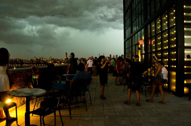 NYC Hotspot Find: Wythe Hotel Rooftop | meltingbutter.com
