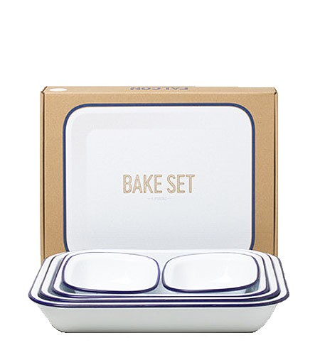 Enamel bake set by Falcon | NYC Hotspot Find: Brook Farm General Store | meltingbutter.com