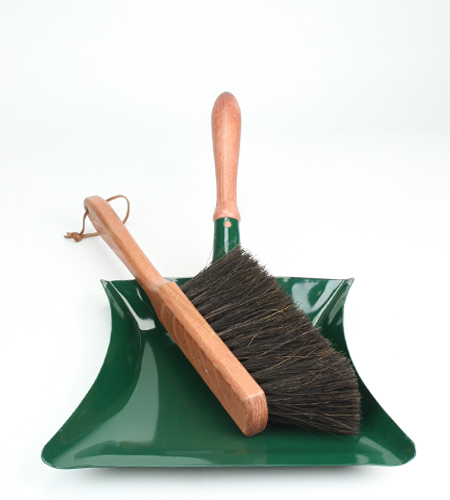 Garden dustpan & brush | NYC Hotspot Find: Brook Farm General Store | meltingbutter.com