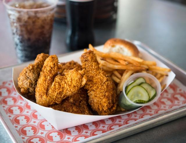 NYC Hotspot Find: Bromberg Bros. Blue Ribbon Fried Chicken | meltingbutter.com