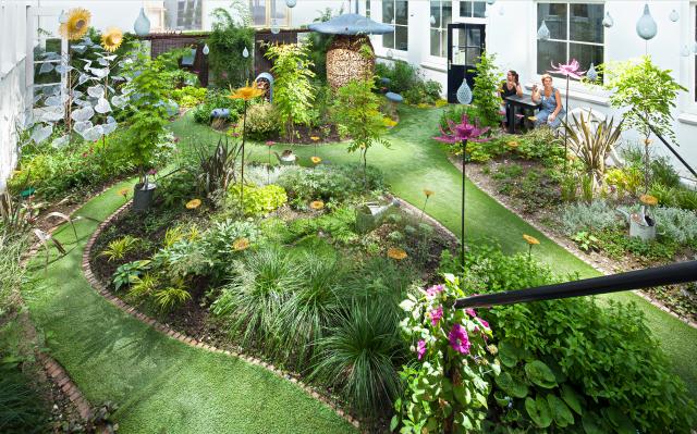 Amsterdam Hotspot Find: Hotel Droog Fairy Tale Garden | meltingbutter.com