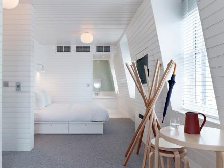London Hotspot Find: One Leicester Street Hotel | meltingbutter.com