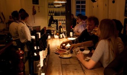 London Hotspot Find: Fernandez & Wells | meltingbutter.com